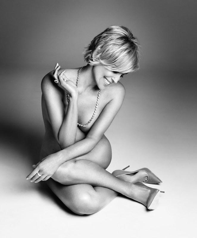 Sharon Stone Çıplak