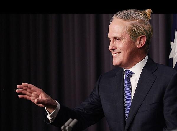 Dünya liderleri saçları topuz yaparsa