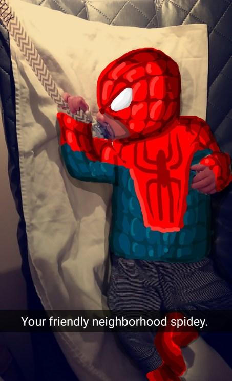 Oğlunu Snapchat'te favori karakterlerine dönüştüren baba 10