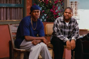 Başrollerini Ice Cube, Chris Tucker ve Nia Long'un oynadığı filmin IMDB puanı 7,3.