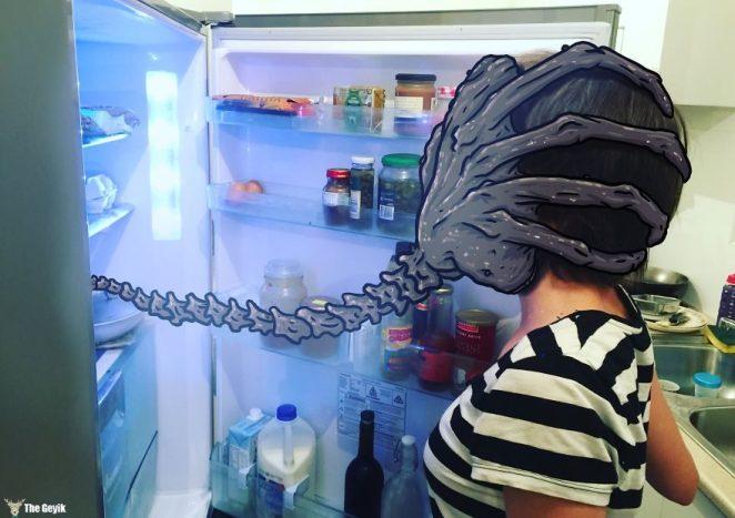 012_Facehugger_fridge-570875f2695c5__880