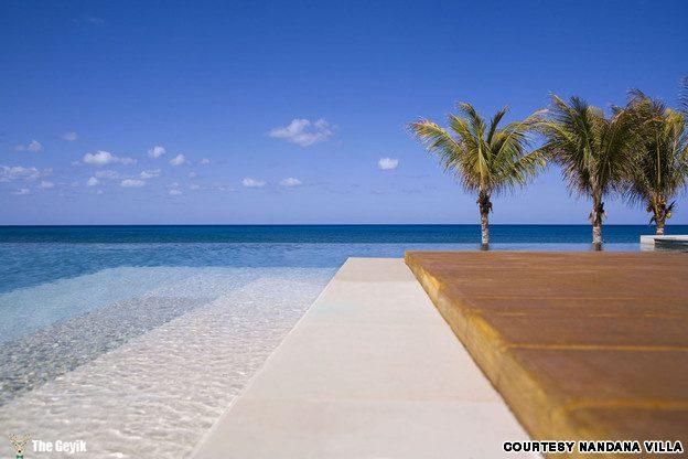 Nandana Villas in Bahamas