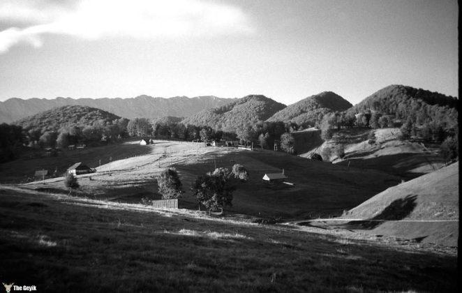 photos-of-mountain-hikes-in-communist-romania-876-415-1465925617
