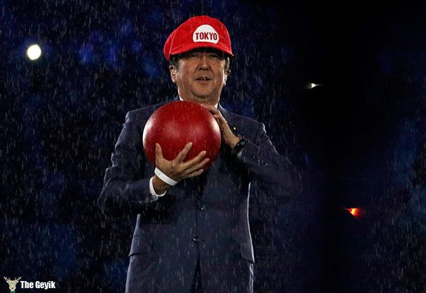 japonya başbakanı mario gibi giyindi tokyo 2020 olimpiyatları2