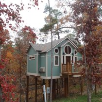 Tree House Cabins - Eureka Springs, Arkansas - The Gifted Gabber