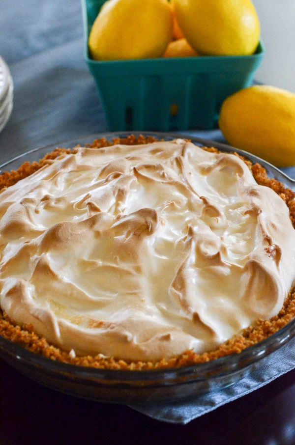 Lemon Ice Box Pie with Marshmallow Meringue - Lemon Pie - Ice Box Pie - Lemon Cream Pie - Marshmallow Meringue - The Gifted Gabber