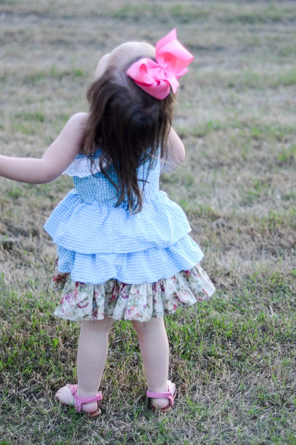 Seersucker Easter Dresses 2017 - What We Wore - Mommy-and-Me Easter Dresses - Easter Style - Toddler Style - Mommy-and-Me Style - The Gifted Gabber