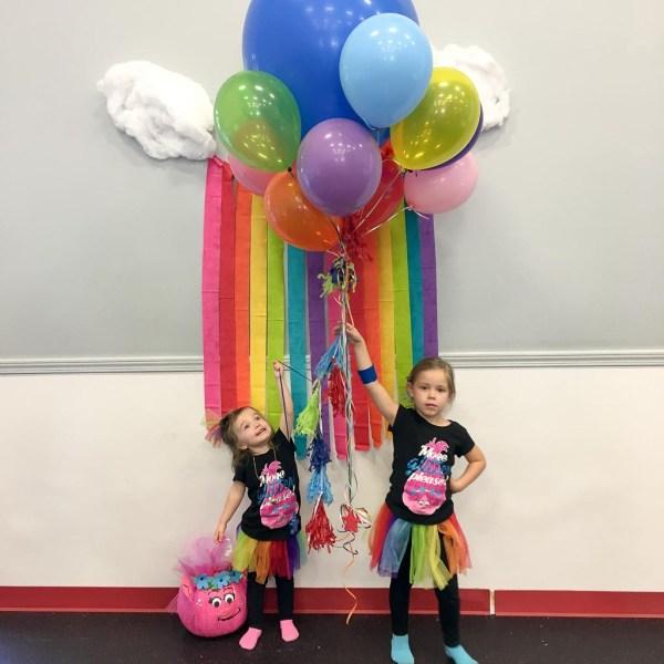 Trolls Birthday Party - #kidsparties #kidsbirthdayparties #trollsparty - The Gifted Gabber