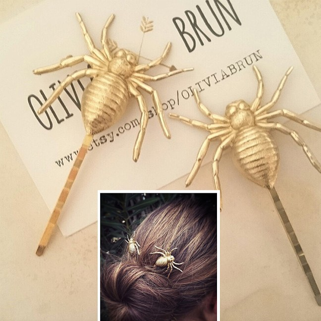 olivia_brun_spider_bobby_pin_halloween_accessories