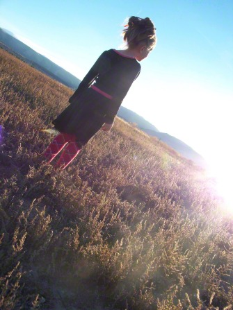 girl-in-sunset-772745-gallery