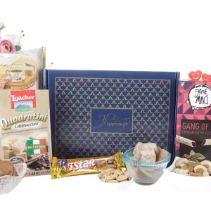 Mix Dry Fruits and Wafers hamper