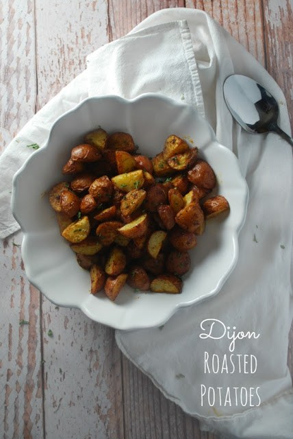 Dijon Roasted Potatoes - a healthy, clean eating and super easy veggie side dish!