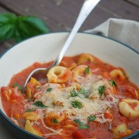 Crock Pot Tomato Basil Soup with Cheese Tortellini