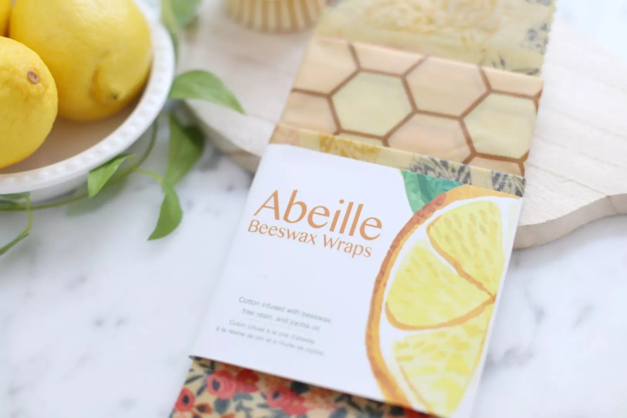 Beeswax wraps are an excellent eco friendly alternative to traditional plastic wrap. And they smell good too!