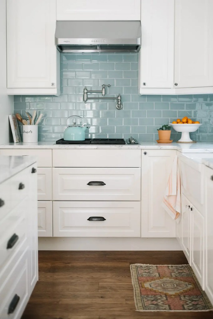 A fresh summery kitchen at The Ginger Home