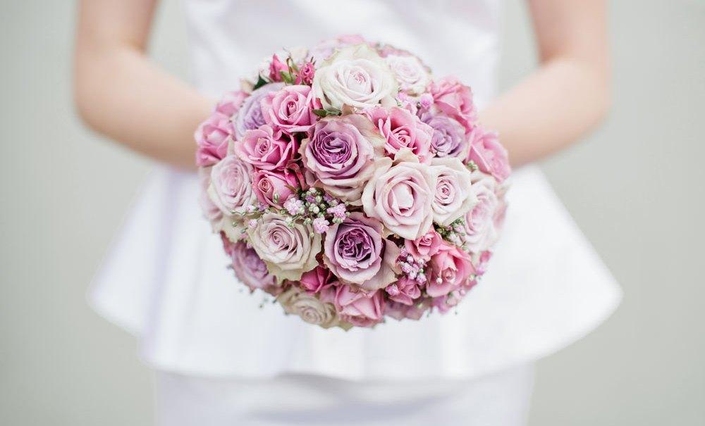 WEDDING: Kleider für's Standesamt.
