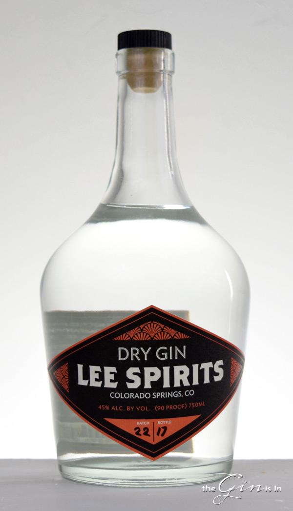 Lee-Spirits-Dry-Gin-Bottle