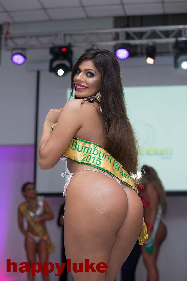 Miss BumBum 2015 winner Suzy Cortez pictured at the finals event in Sao Paulo, Brazil on Monday night. Pictured: Miss BumBum 2015 winner Suzy Cortez Ref: SPL1176201  131115   Picture by: Splash News Splash News and Pictures Los Angeles:310-821-2666 New York:212-619-2666 London:870-934-2666 photodesk@splashnews.com