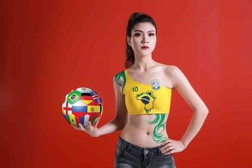 MC Thu Hằng World Cup 2018 football match commentator