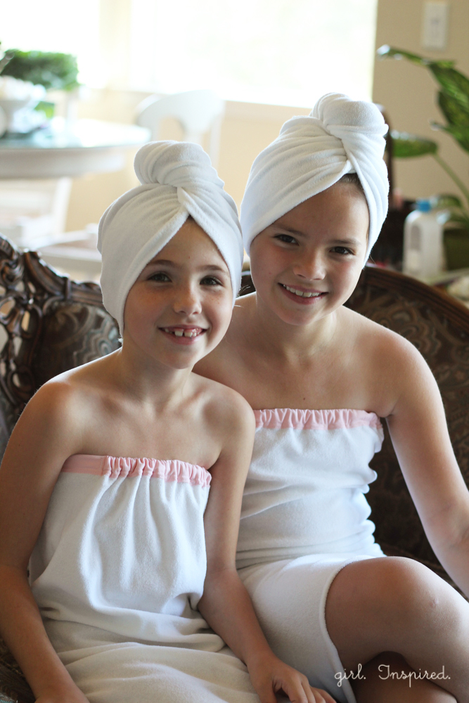 How to sew a spa towel - great for a spa themed birthday party!