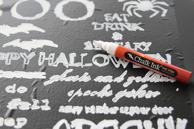 Halloween Chalkboard Sign + free image/printable