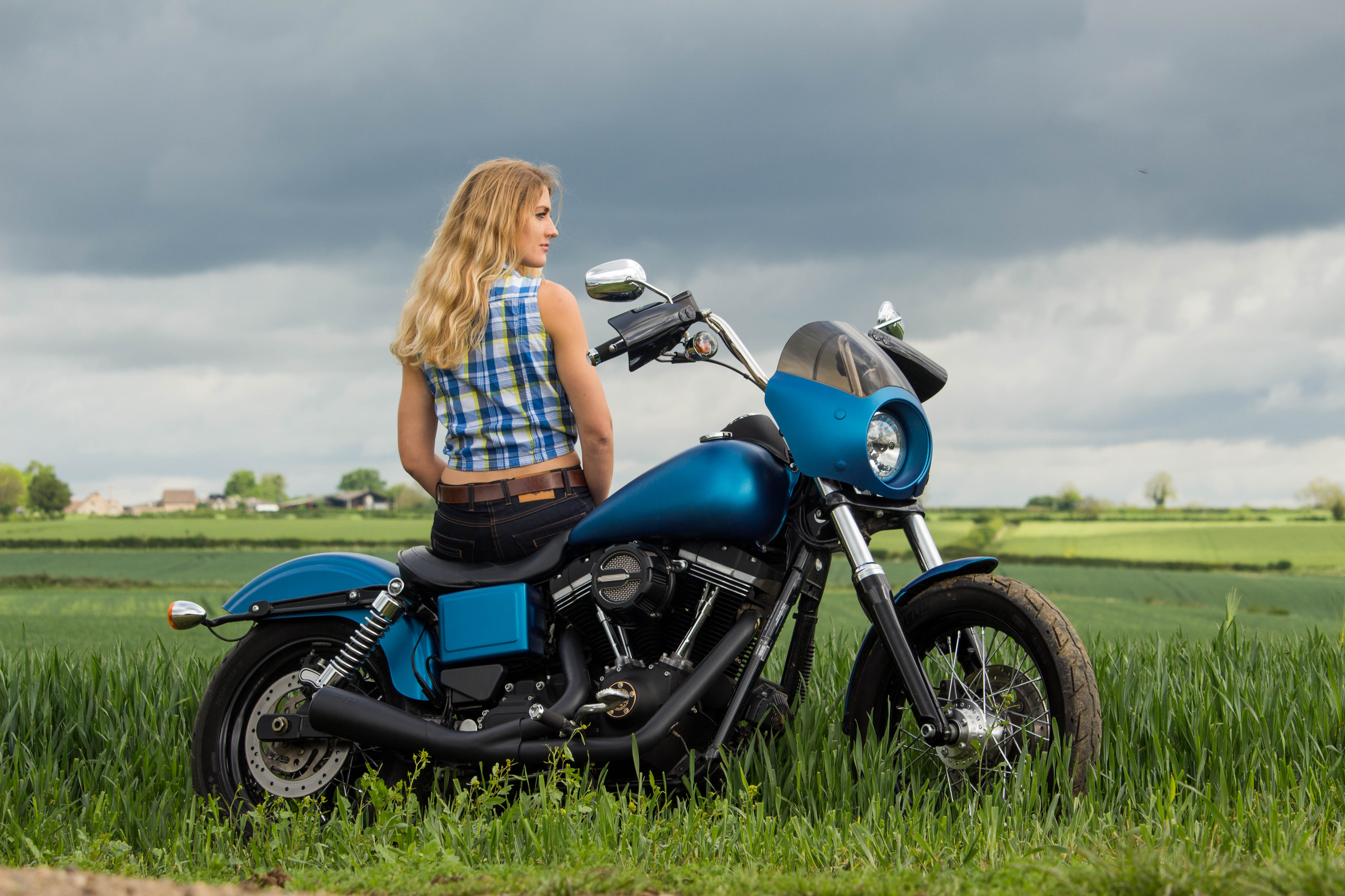 Vance & Hince 2-1 UpSweep Exhaust Review » The Girl On A Bike