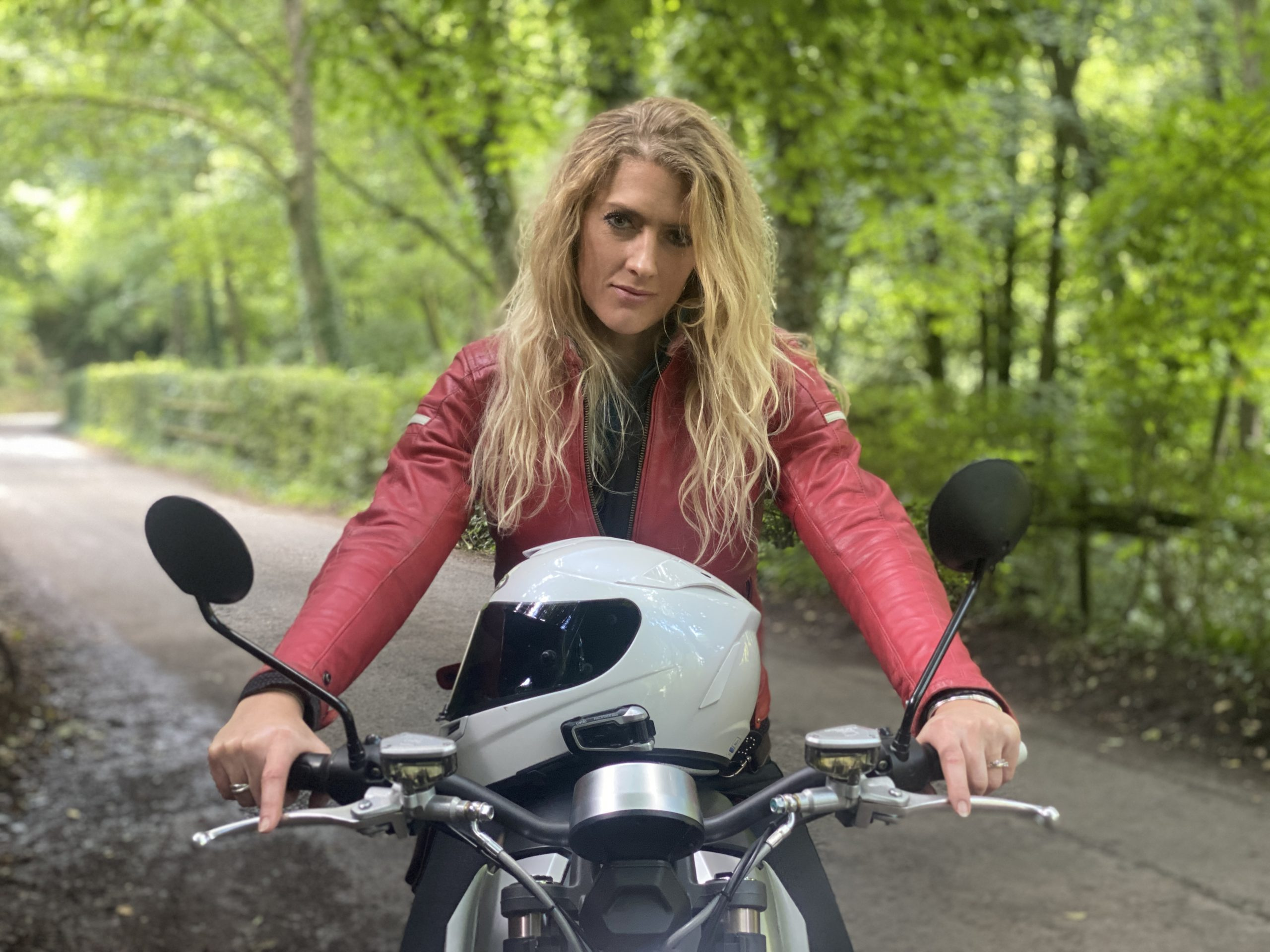 the girl on a bike vanessa ruck super soco tc max 9 scaled