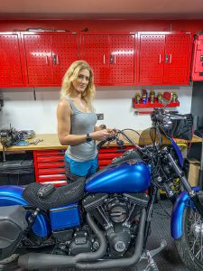 the girl on a bike vanessa ruck teng tools ctek charger ct5 power sport battery
