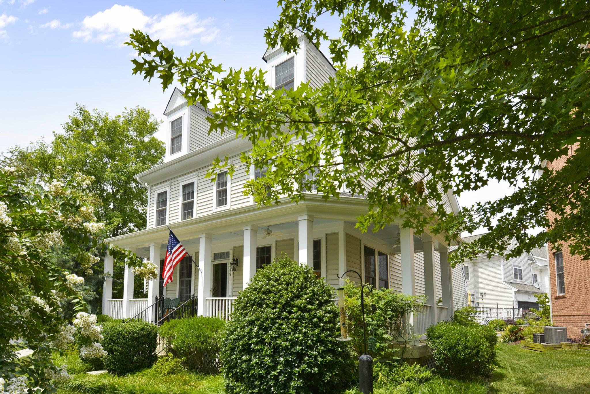 Exterior-Front Elevation-_DSC67105668 General Johnston Place Centreville VA Home For Sale | Candace Moe, REALTOR®