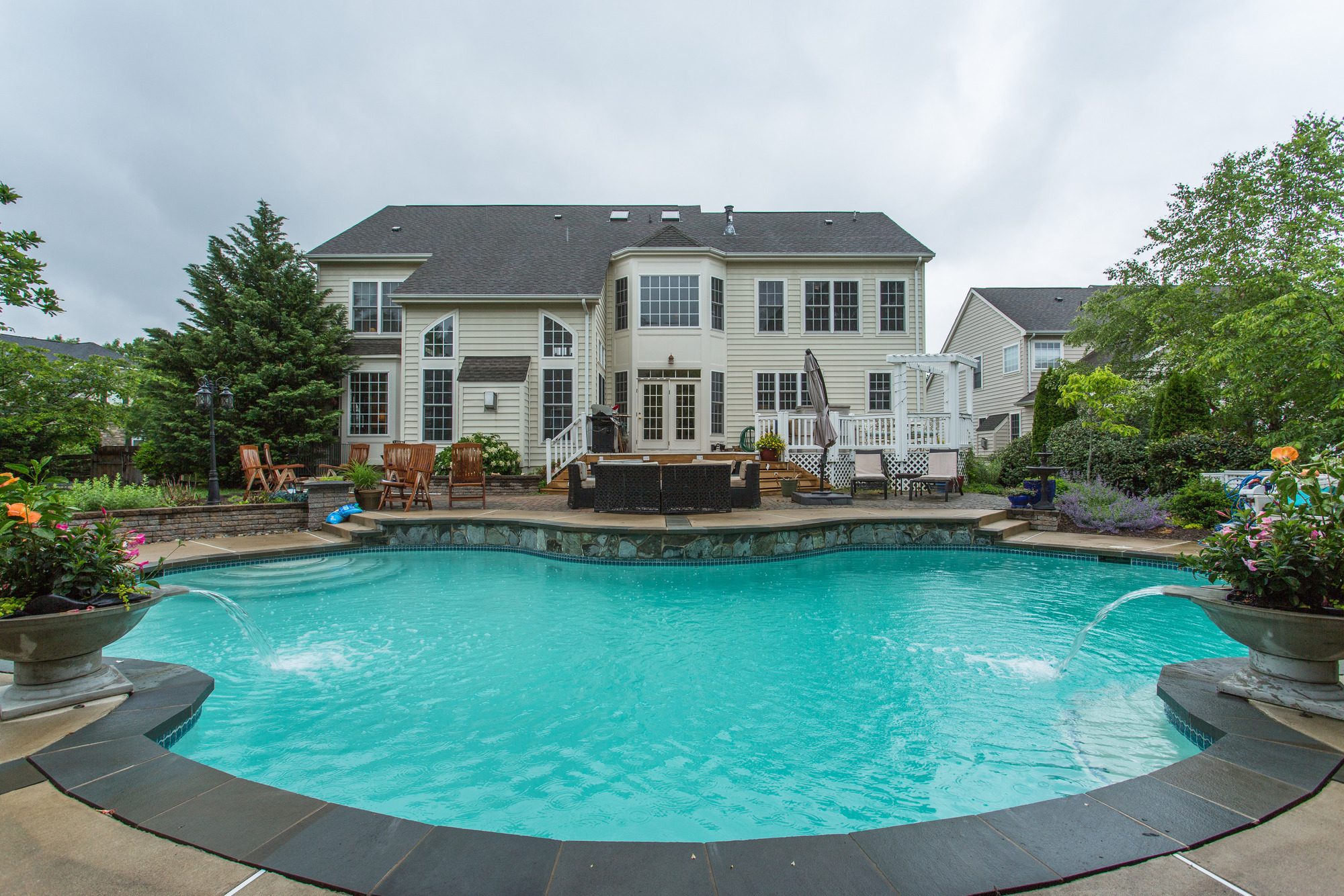 Home For Sale in Washington DC Suburbs | 9070 Roaring Spring Loop