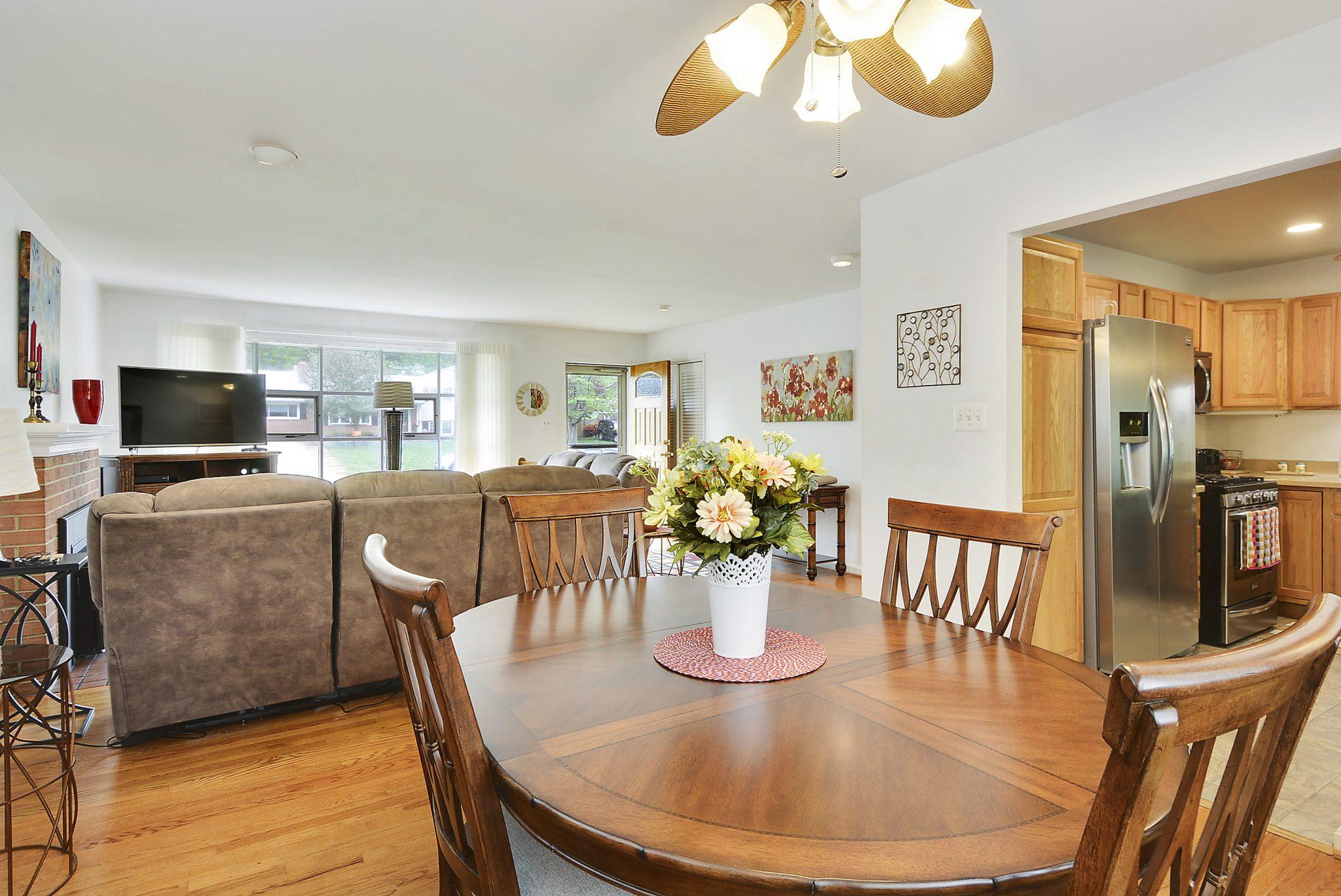 5640 Inverchapel, Springfield VA Home For Sale | Candace Moe, REALTOR®Main Level-Dining Room-DSC7674