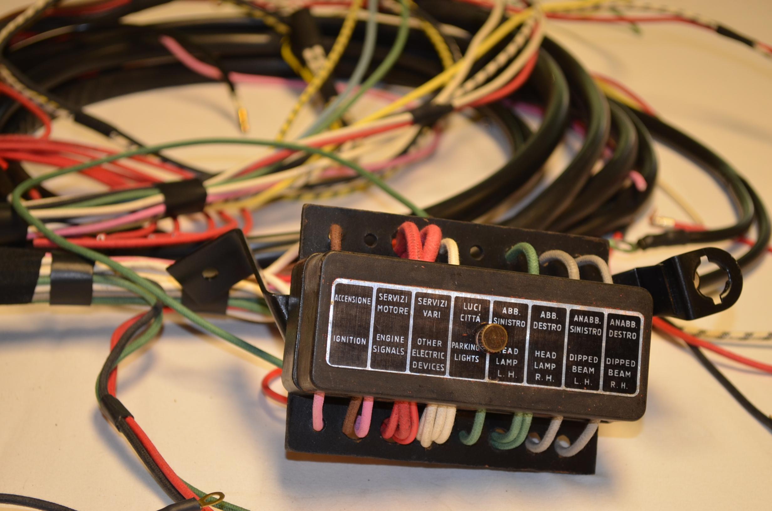 DSC_0031?fit=1200%2C795 wiring looms auto italia sportiva alfa giulietta wiring diagram at arjmand.co