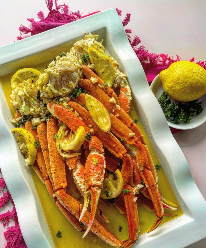 Lemon Pepper Crab Legs