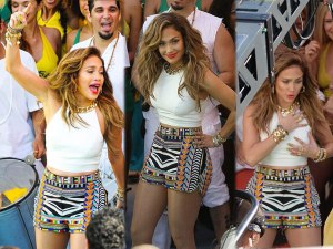14-jennifer-lopez-we-are-one