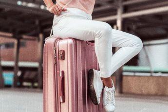valigia per londra in primavera