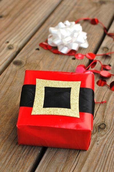 DIY_santa_gift_wrap