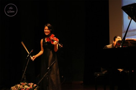 Phuong Nhi smiled at the audiences (Photo by Kim Thanh)