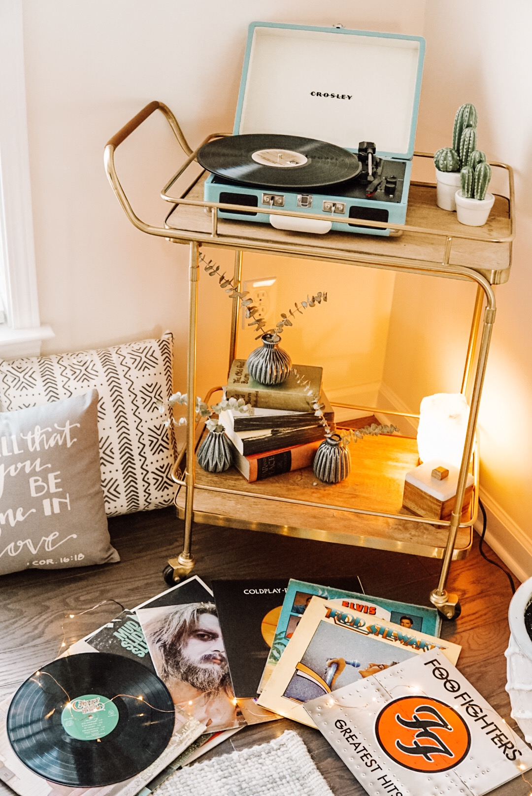 Popular Tennessee Lifestyle Blogger The Glitter Gospel shares simple and easy ways to update your home for Spring with Stage stores. Bar cart Decor, Boho Home Decor