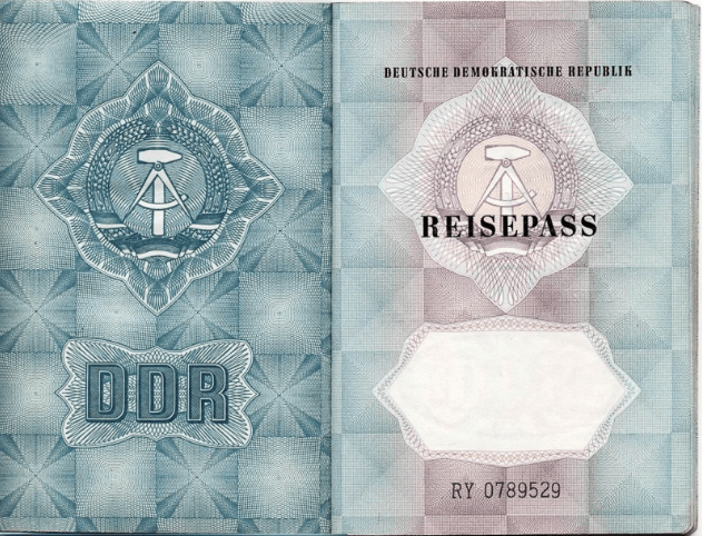 2.GDR.passport