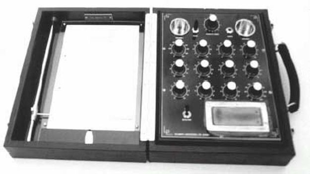 George de la Warr [1904 - 1969] - Radionic diagnostic instrument.
