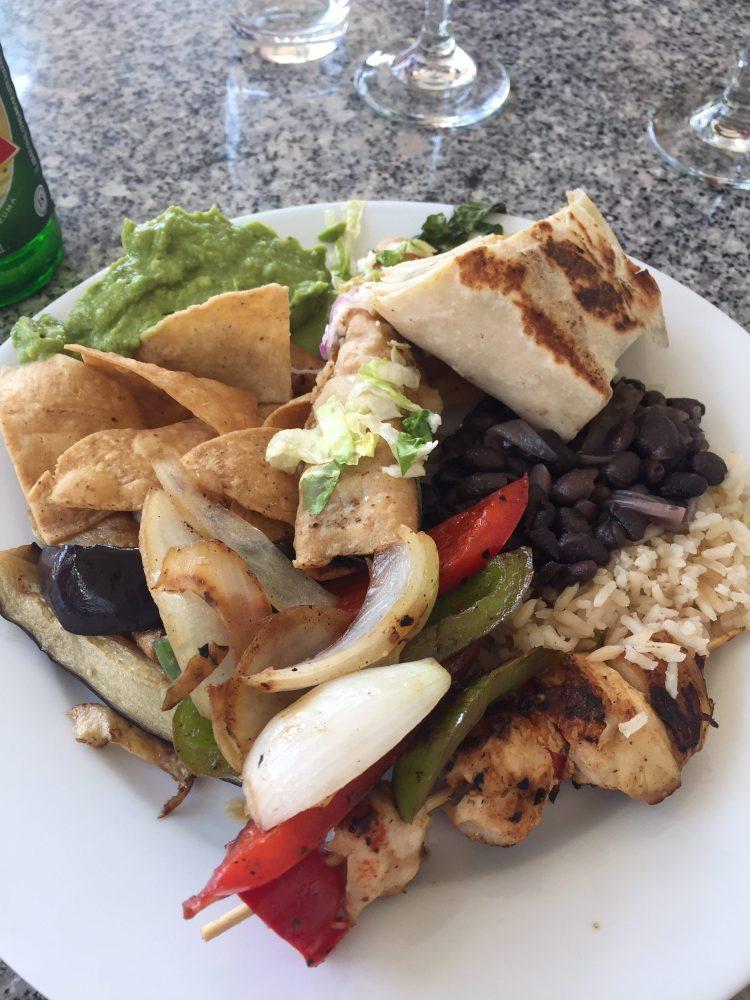 Fajitas and guacamole