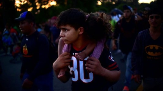 Children in a migrant caravan