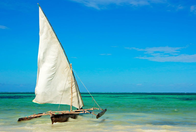 tanzanie archipel de zanzibar plage bateau ile