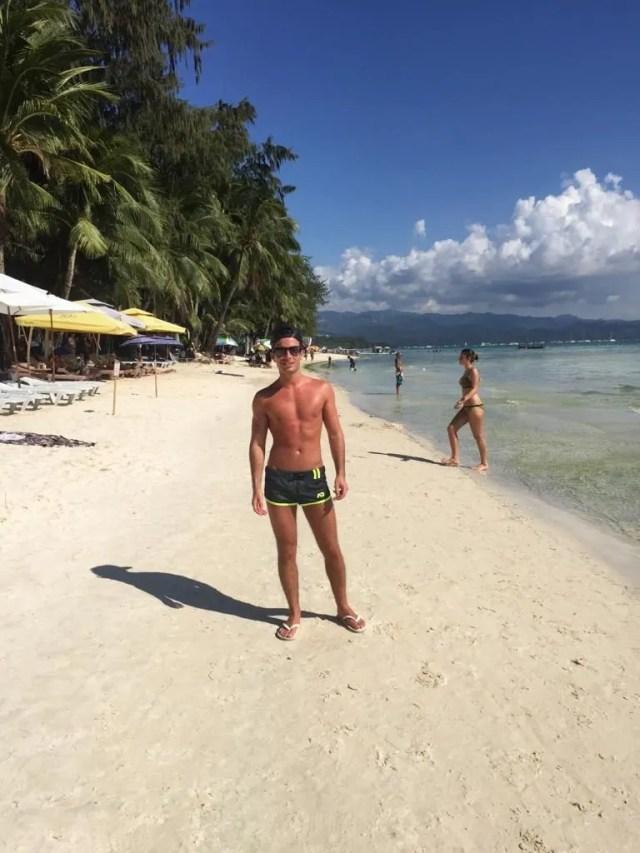 beaches in BOracay