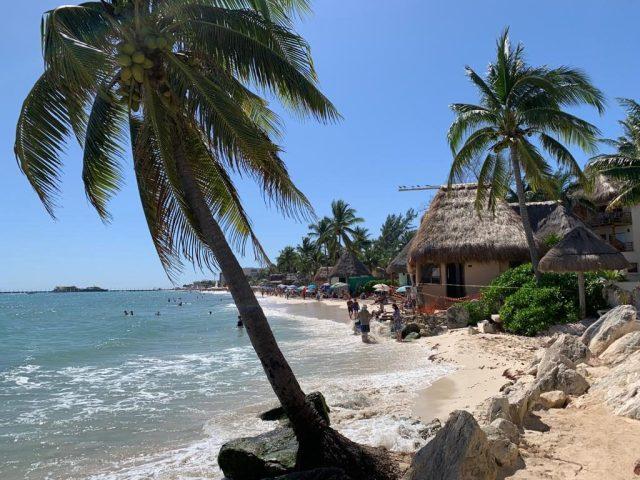 Gay Playa Del carmen beach