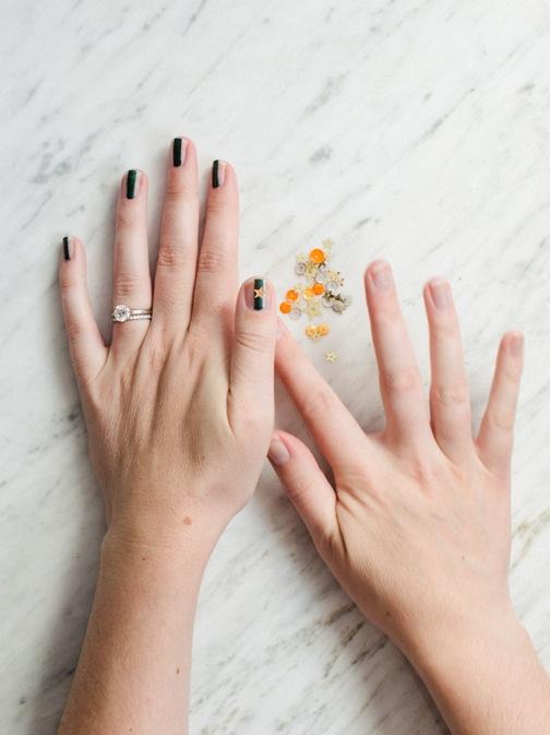 glitter stars nail art