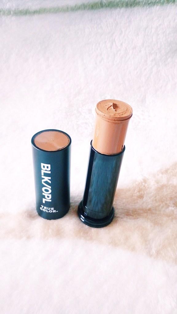 Blk Opl true color stick foundation