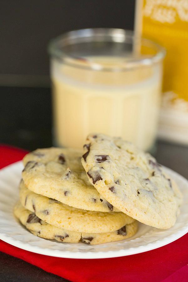 eggnog-chocolate-chunk-cookies-30-600