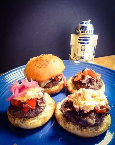 Zeltros Sliders featuring pickled red onion, roasted pepper, and pimento cheese. Inspired by Star Wars' Dex's Diner. Recipe by The Gluttonous Geek.