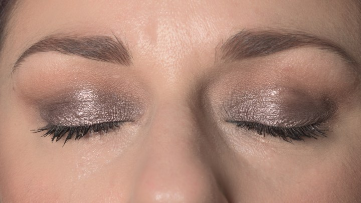 tutorial-make-up-nyx-lid-lingerie-5